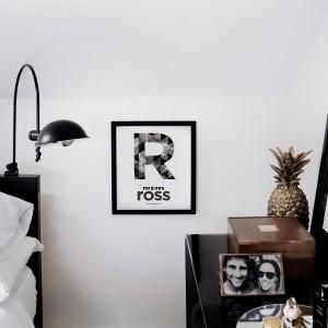 Mr & Mrs Wall Print